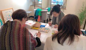 札幌パーソナルカラーの資格取得・学ぶサロンの様子