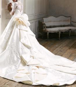 骨格ナチュラルのウェディングドレス